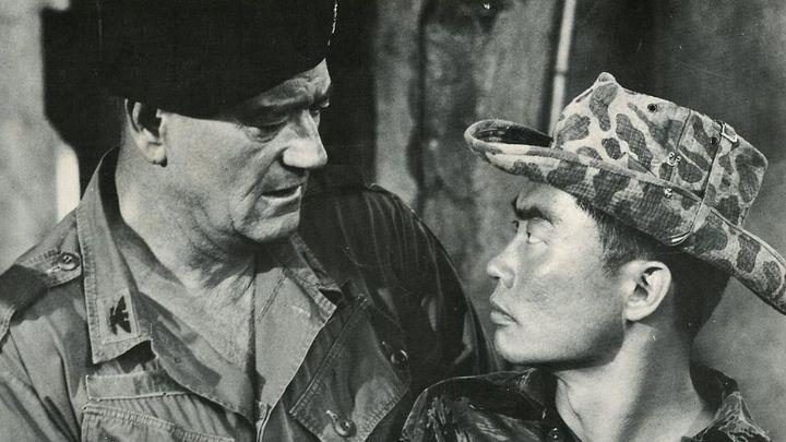 Una scena tratta dal film I berretti verdi
