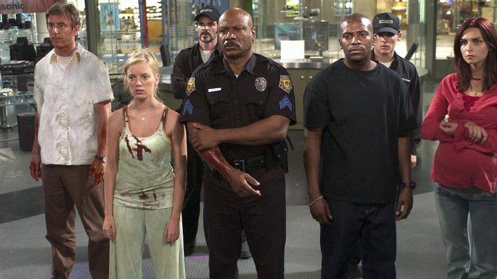 Una scena tratta dal film L'alba dei morti viventi