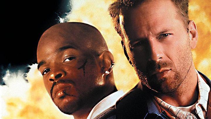 Una scena tratta dal film L'ultimo Boyscout - Missione Sopravvivere