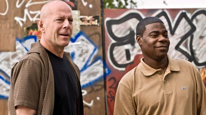 Una scena tratta dal film Poliziotti Fuori - Due Sbirri A Piede Libero