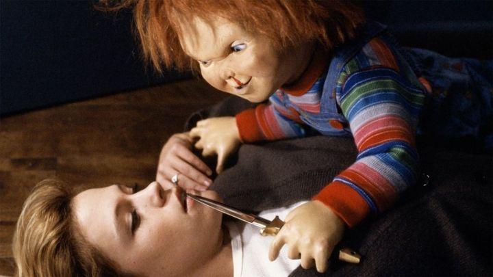 Una scena tratta dal film La bambola assassina 2