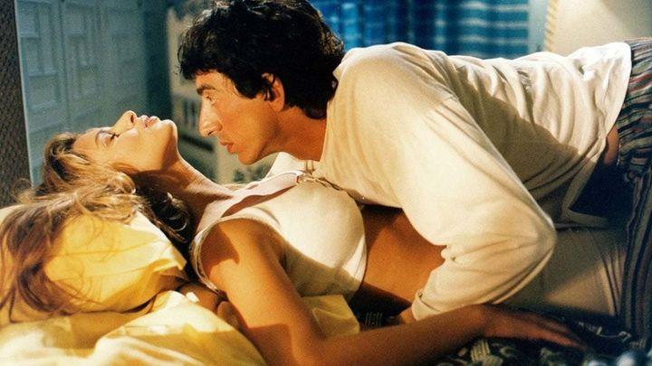 Una scena tratta dal film Storie d'amore con i crampi
