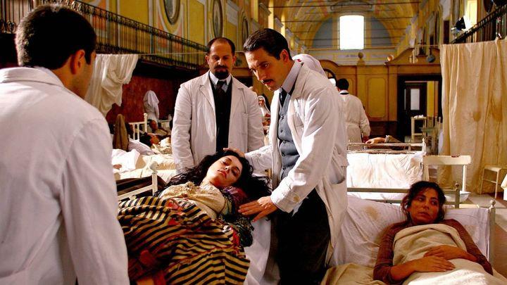 Una scena tratta dal film Giuseppe Moscati: L'amore che guarisce
