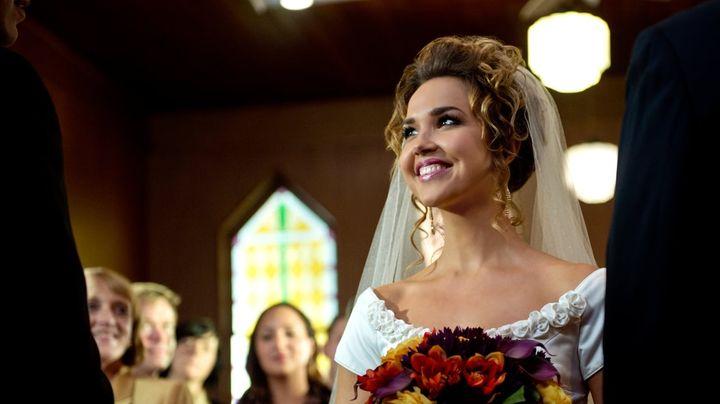 Una scena tratta dal film Una Sposa per Natale