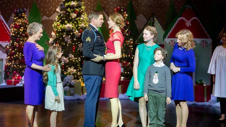 Operation Christmas Cast.Operation Christmas Cast E Trama Film Super Guida Tv