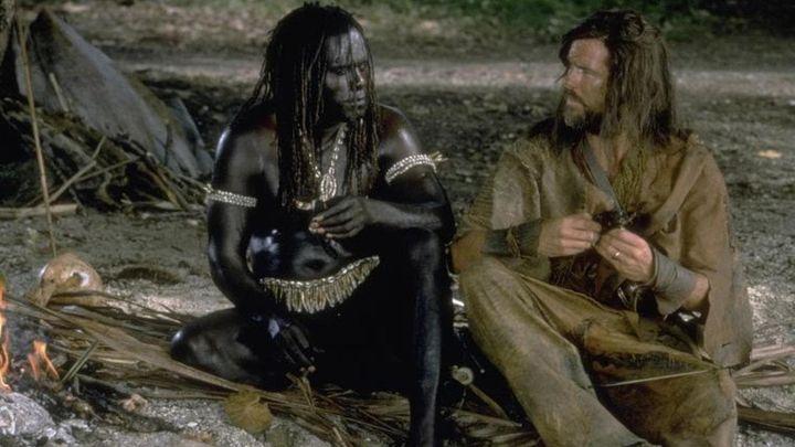 Una scena tratta dal film Robinson Crusoe