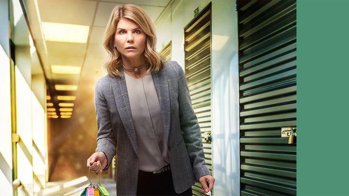 Una scena tratta dal film Garage Sale Mystery: Maschera di morte