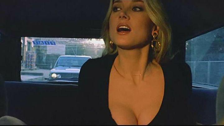 Una scena tratta dal film La Moglie In Vacanza, L'amante In Città