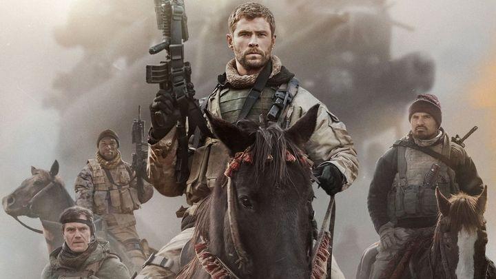 Una scena tratta dal film 12 soldiers