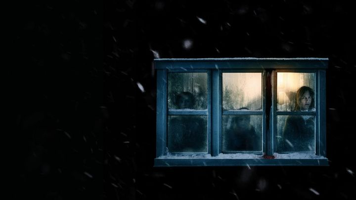 Una scena tratta dal film The Lodge