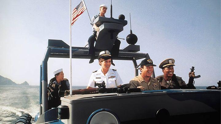 Una scena tratta dal film La mia flotta privata