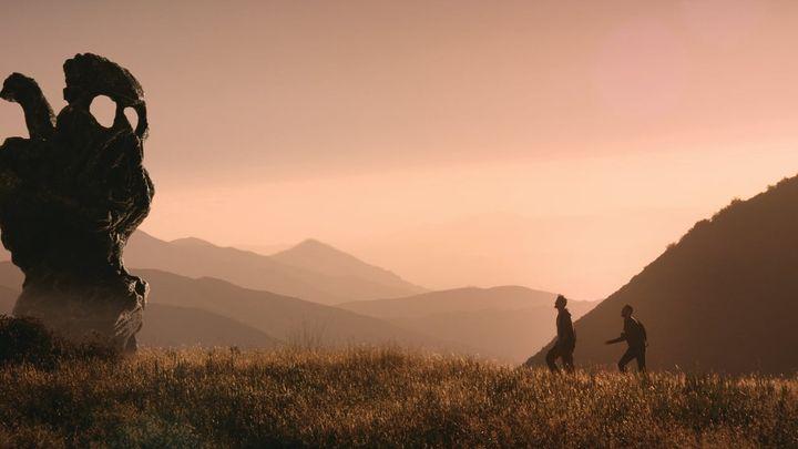 Una scena tratta dal film The Endless - Viaggi nel tempo