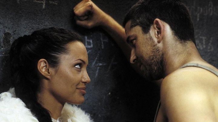 Una scena tratta dal film Lara Croft: Tomb Raider - La Culla Della Vita