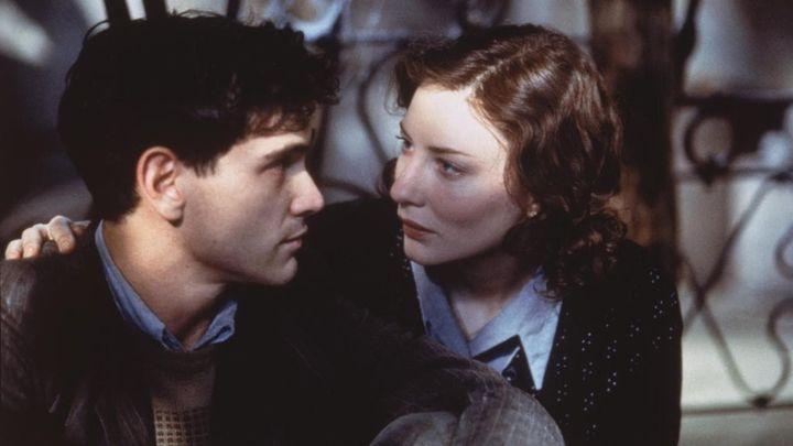 Una scena tratta dal film Charlotte Gray