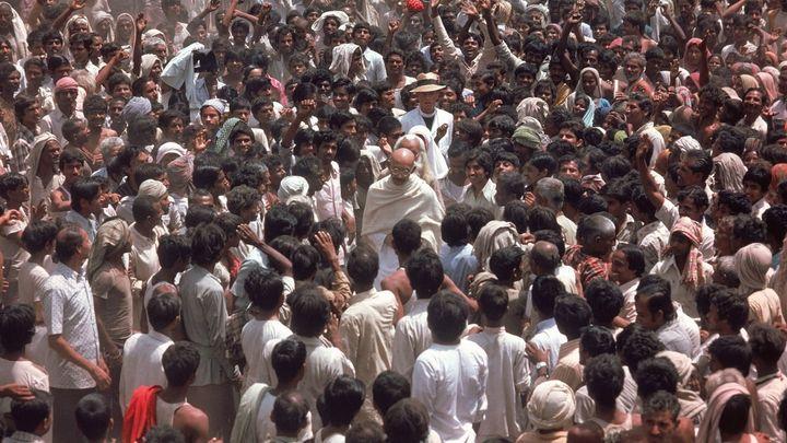 Una scena tratta dal film Gandhi