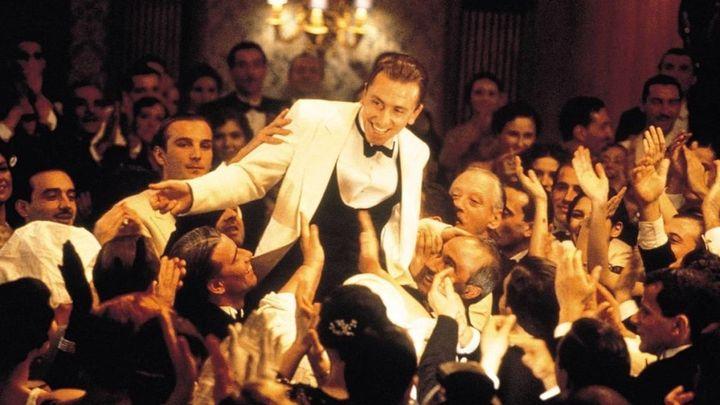 Una scena tratta dal film La Leggenda Del Pianista Sull'oceano