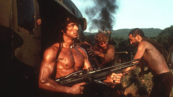 Una scena tratta dal film Rambo II - La vendetta