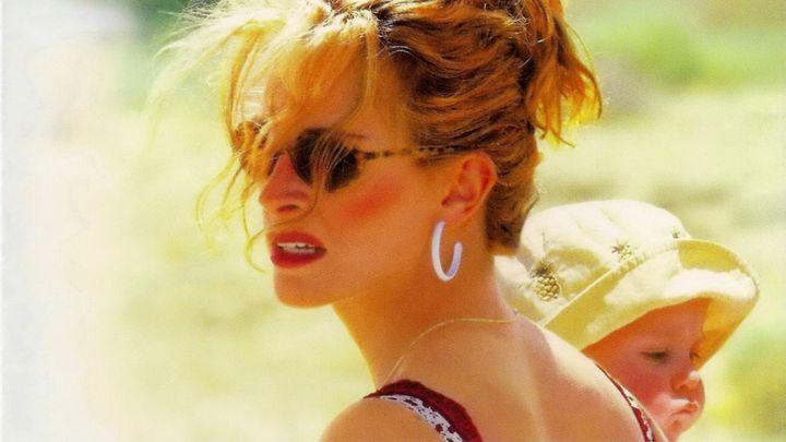 Una scena tratta dal film Erin Brockovich - Forte Come La Verità